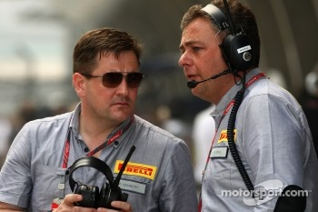 Paul Hembery, Pirelli Motorspor Director and Mario Isola, Sporting Director Pirelli