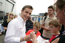 Filipe Albuquerque, Audi Sport Team Rosberg, Audi A4 DTM gives autographs to fans