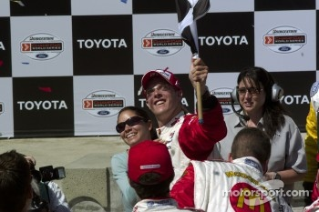 Race winner Sbastien Bourdais celebrates with girlfriend