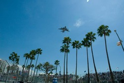 Military fly-over before the Celebrity race