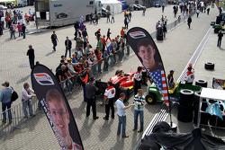 The paddock side of Newman Haas Lanigan Racingís garage