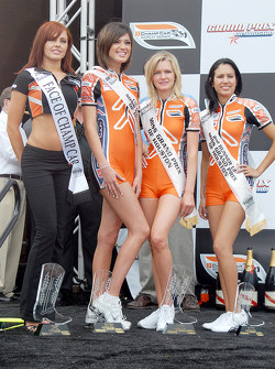 Face of Champ Car Lauren Gardner with Miss Grand Prix of Houston first runner-up Laci Willis, winner Angela Saltzman and second runner-up Christine Romero