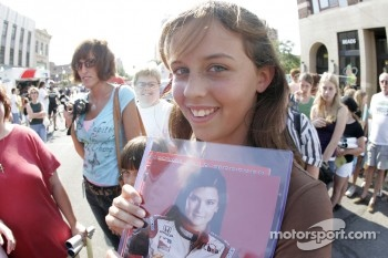 Jackson RaceWeek Festival: a fan of Danica Patrick