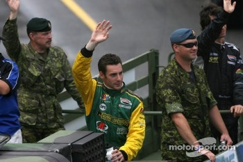 Drivers parade: Simon Pagenaud and Bruno Junqueira