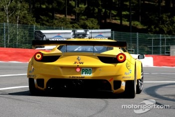 #66 JMW Motorsport Ferrari F458 Italia: Rob Bell, James Walker