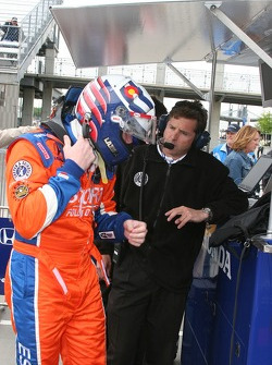Robby Buhl discusses practice with Buddy Lazier