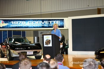 Indiana Lt. Gov. Becky Skillman and the 1978 Chevrolet Corvette Pace Car