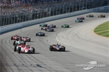 Sam Hornish Jr. leads Dario Franchitti and Helio Castroneves