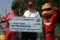 Scott Dixon receives the Firestone Performance Award