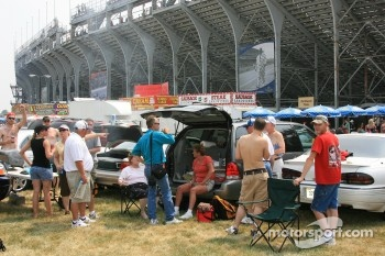 Fans tailgate outside turn 4