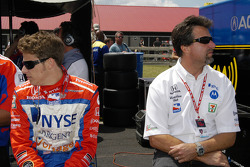 Marco and Michael Andretti stay relaxed
