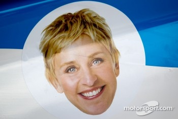 Ellen DeGeneres on the #40 Dempsey Racing Mazda RX-8