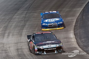 Matt Kenseth, Roush Fenway Racing Ford and Kurt Busch, Penske Racing Dodge