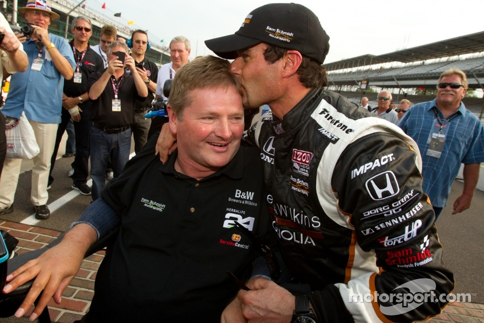 Pole winner Alex Tagliani, Sam Schmidt Motorsports celebrates with team owner Sam Schmidt