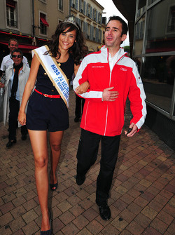 Romain Dumas and Miss 24 Heures du Mans 2011