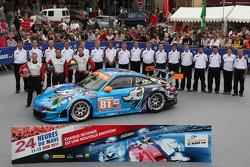 #81 Flying Lizard Motorsports Porsche 911 RSR: Seth Neiman, Darren Law, Spencer Pumpelly