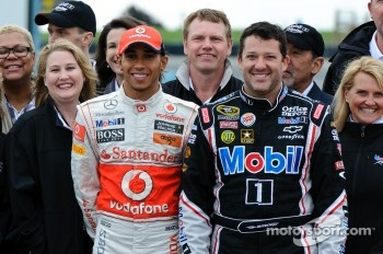 Lewis Hamilton and Tony Stewart with Mobil 1 VIPs