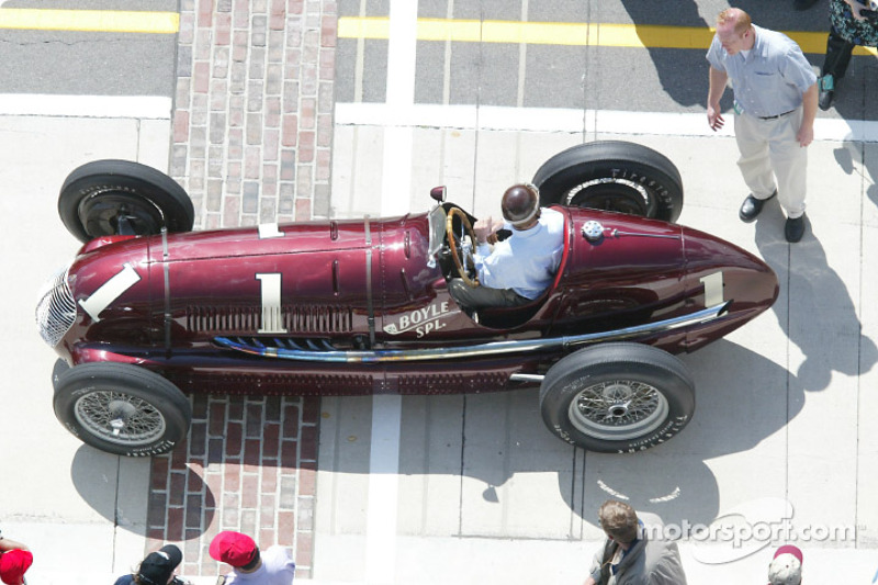 The Boyles Special, powered by Maserati, back for another trip around the Indianapolis Motor Speedway; the car was driven to victory in the 1939 Indy 500 by Wilbur Shaw. Wilbur's Shaw son, Bill Shaw, drove the car for this occasion.