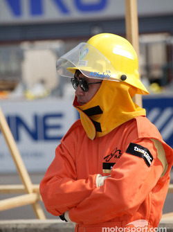 Twin Ring Motegi safety crew member