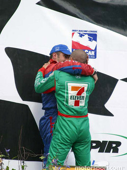 Tony Kanaan congratulates Dario Franchitti