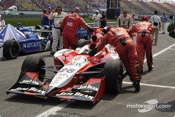 #26 Dan Wheldon car to the grid