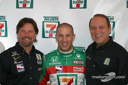 Andretti Green Racing press conference: Michael Andretti and Tony Kanaan