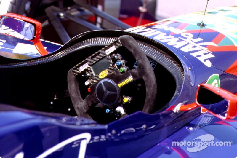 Mercedes new dash on wheel