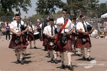 Bag pipes in Motown