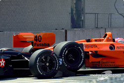 Accident for Jimmy Vasser and Cristiano da Matta