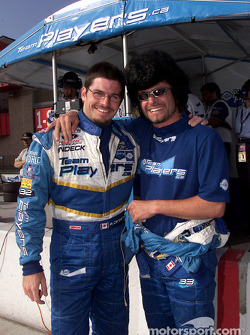 Patrick Carpentier admiring Alex Tagliani's new hairdo