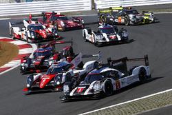 #1 Porsche Team, Porsche 919 Hybrid: Timo Bernhard, Mark Webber, Brendon Hartley, #6 Toyota Racing, Toyota TS050 Hybrid: Stéphane Sarrazin, Mike Conway, Kamui Kobayashi