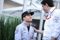 (L to R): Nico Rosberg, Mercedes AMG F1 with Toto Wolff, Mercedes AMG F1 Shareholder and Executive Director