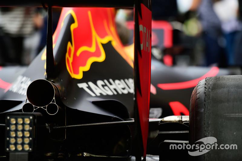 Red Bull RB12: Luftauslässe am Heck
