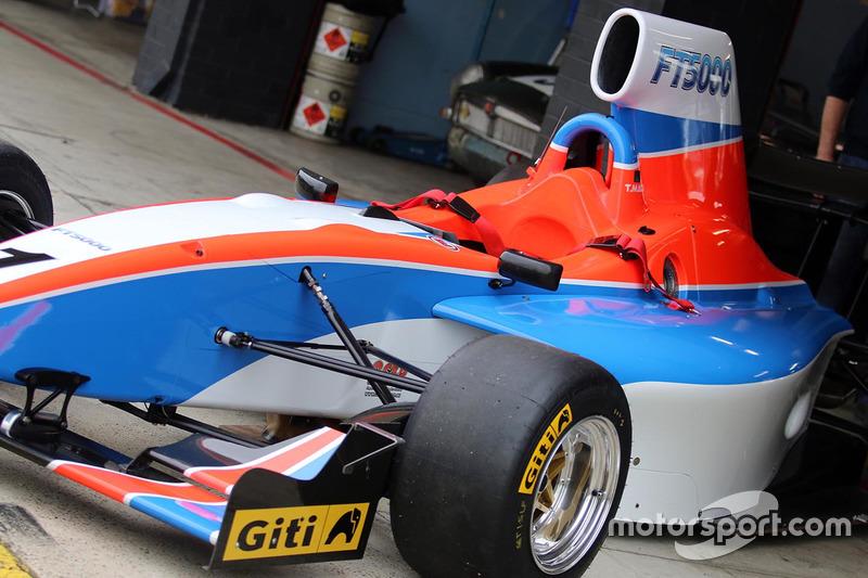 Testfahrten der neuen Formula Thunder 5000