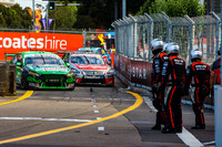 Supercars Fotos - Mark Winterbottom, Prodrive Racing Australia Ford, Rick Kelly, Nissan Motorsports