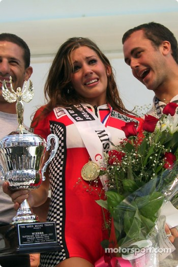 Miss Molson 2002 with Tony Kanaan and Michel Jourdain Jr.