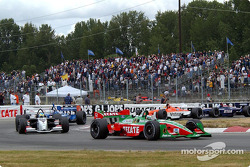 Start: Adrian Fernandez and Sébastien Bourdais
