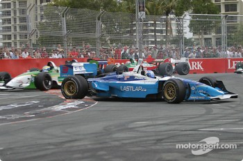 Start: Paul Tracy spins