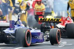 Alex Tagliani takes off