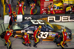 Pit stop for Clint Bowyer, Richard Childress Racing Chevrolet