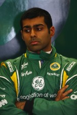 karun-chandhok-test-driver-lotus-f1-15