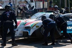 Pit stop for #50 Panoz Racing Panoz Abruzzi: Ian James, Edward Sandstrom