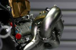 Scuderia Toro Rosso, Technical detail, exhaust