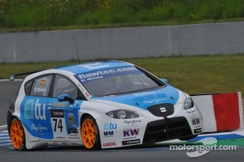 Pepe Oriola, Sunred SR Leon 1.6T, Sunred Engineering