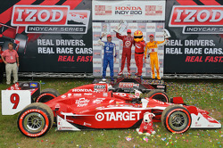 Race winner Scott Dixon, second place Dario Franchitti, third place Ryan Hunter-Reay