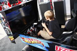 Fans at racing sims