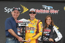 Kyle Busch, Coors Light Pole Award