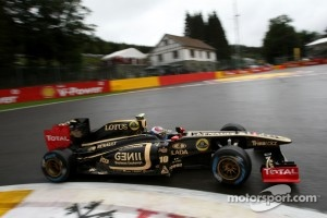 The black and gold livery of the Lotus Renault