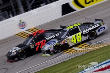 Jimmie Johnson, Hendrick Motorsports Chevrolet and Regan Smith, Furniture Row Racing Chevrolet