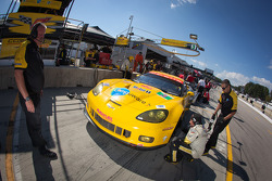 #3 Corvette Racing Chevrolet Corvette C6 ZR1: Olivier Beretta, Tom Milner, Antonio Garcia